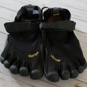 Vibram FiveFingers KSO M148 running shoes